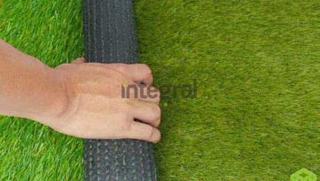 What are the differences between hybrid grass and artificial turf?
